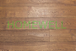 Red oak engineered flooring