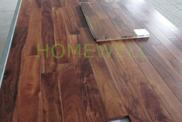 small leaf acacia flooring